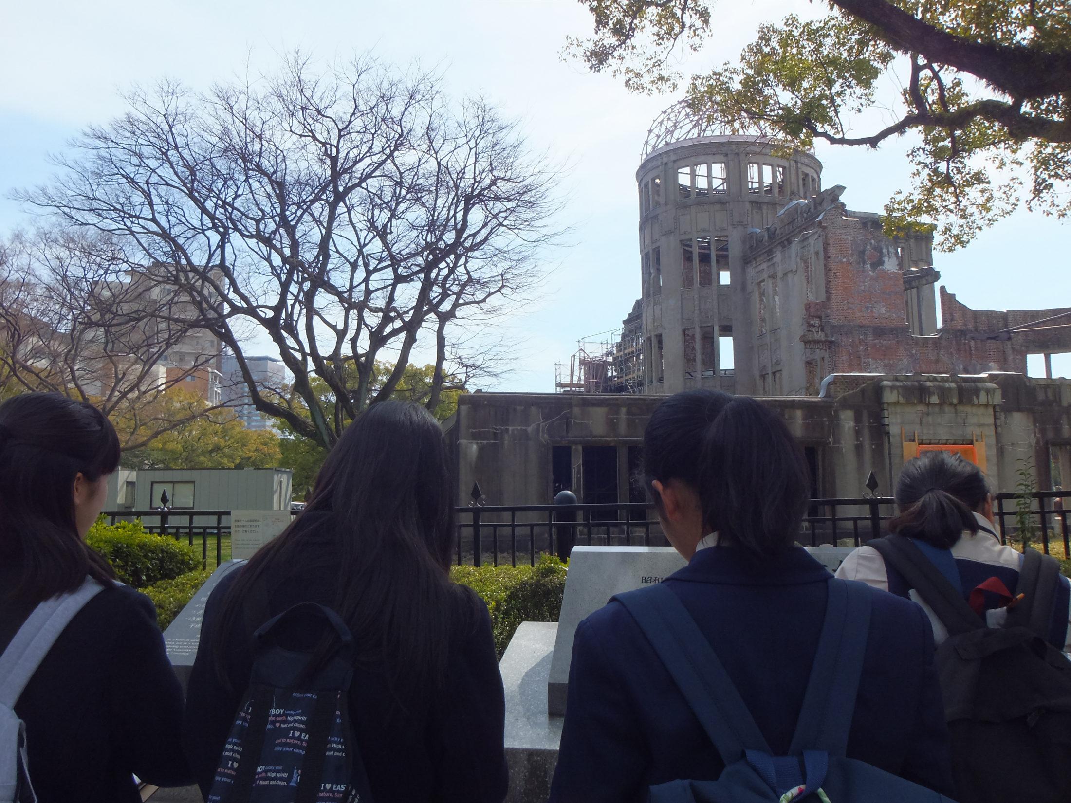 中3は『平和に種をまく人に』をテーマに、広島で2泊3日のプログラムを行います